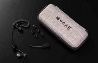 イヤホンマイク、イヤチップ(シリコン3 ウレタン3)耳掛けガイド、オリジナルケース
